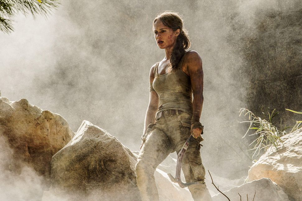 'Tomb Raider' Review: A Relic of the Past Best Left in its Sarcophagus