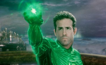 According to Rob Liefeld, the creator of Deadpool, Ryan Reynolds should return to the Green Lantern franchise as it would be a massive hit.