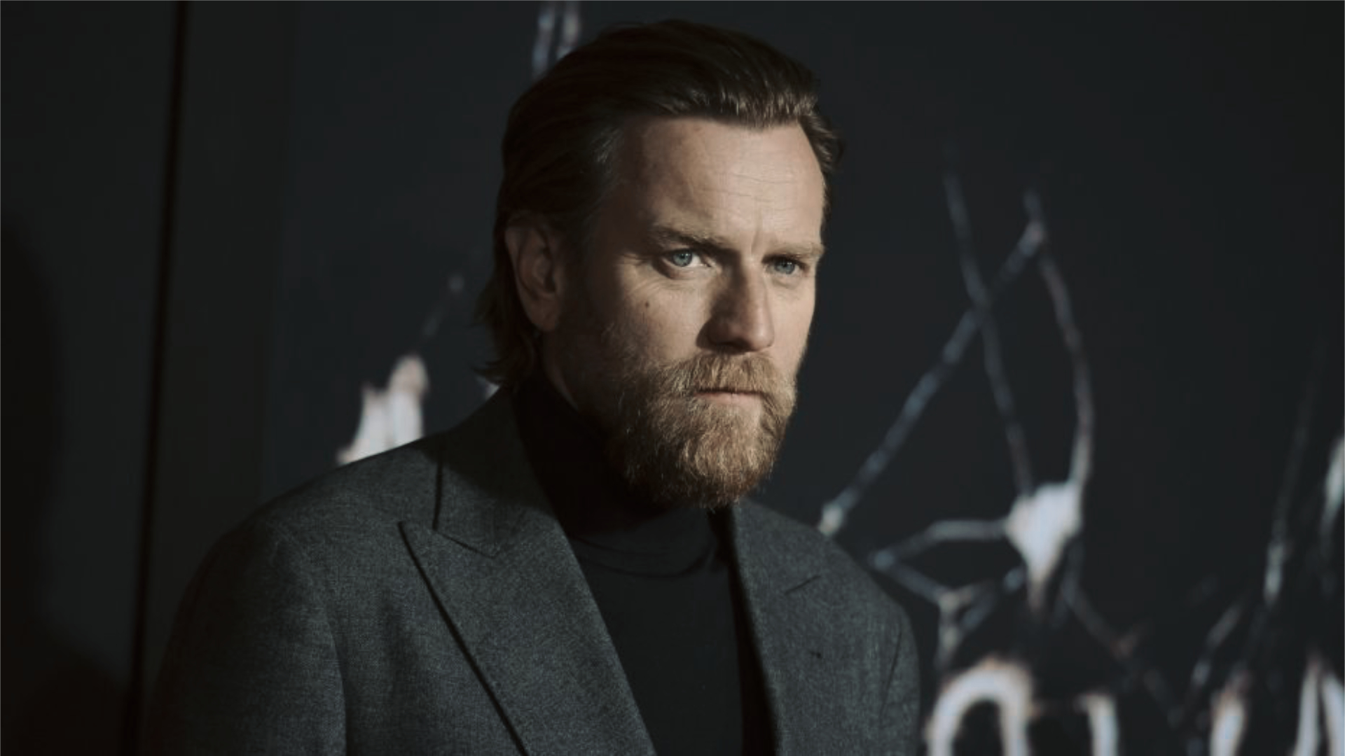 Ewan McGregor Reveals New Obi-Wan Series Details