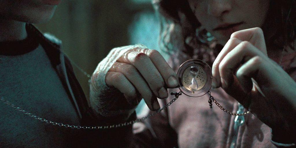 fantastic beasts hermione time turner