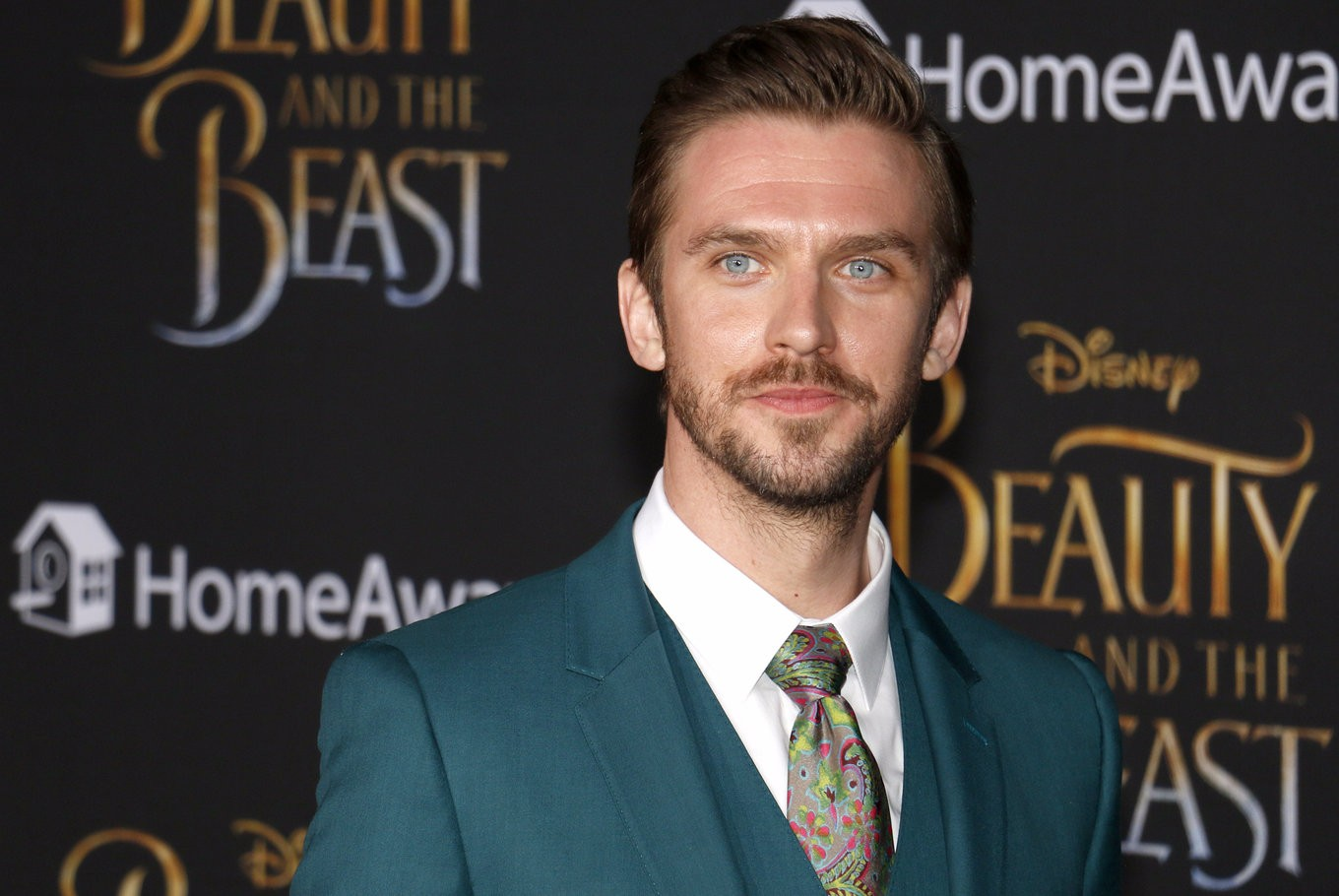 Dan Stevens for Grindelwald