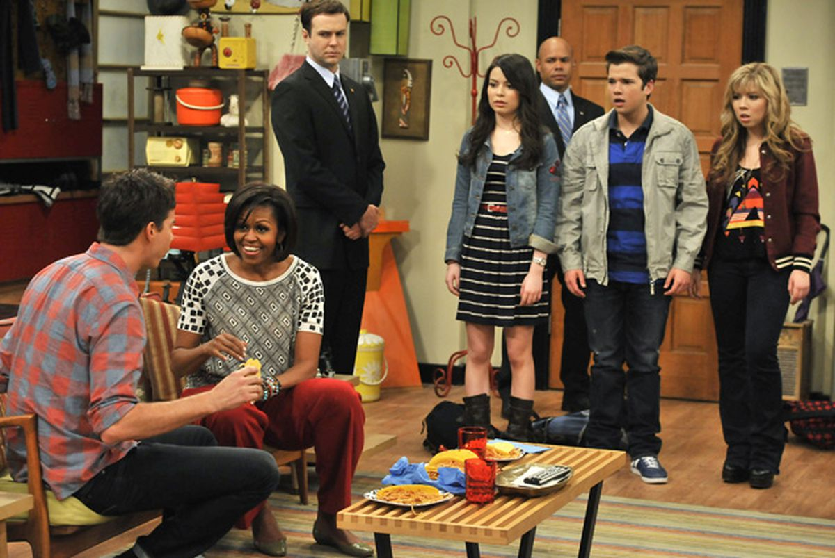 Michelle Obama in 'iCarly'