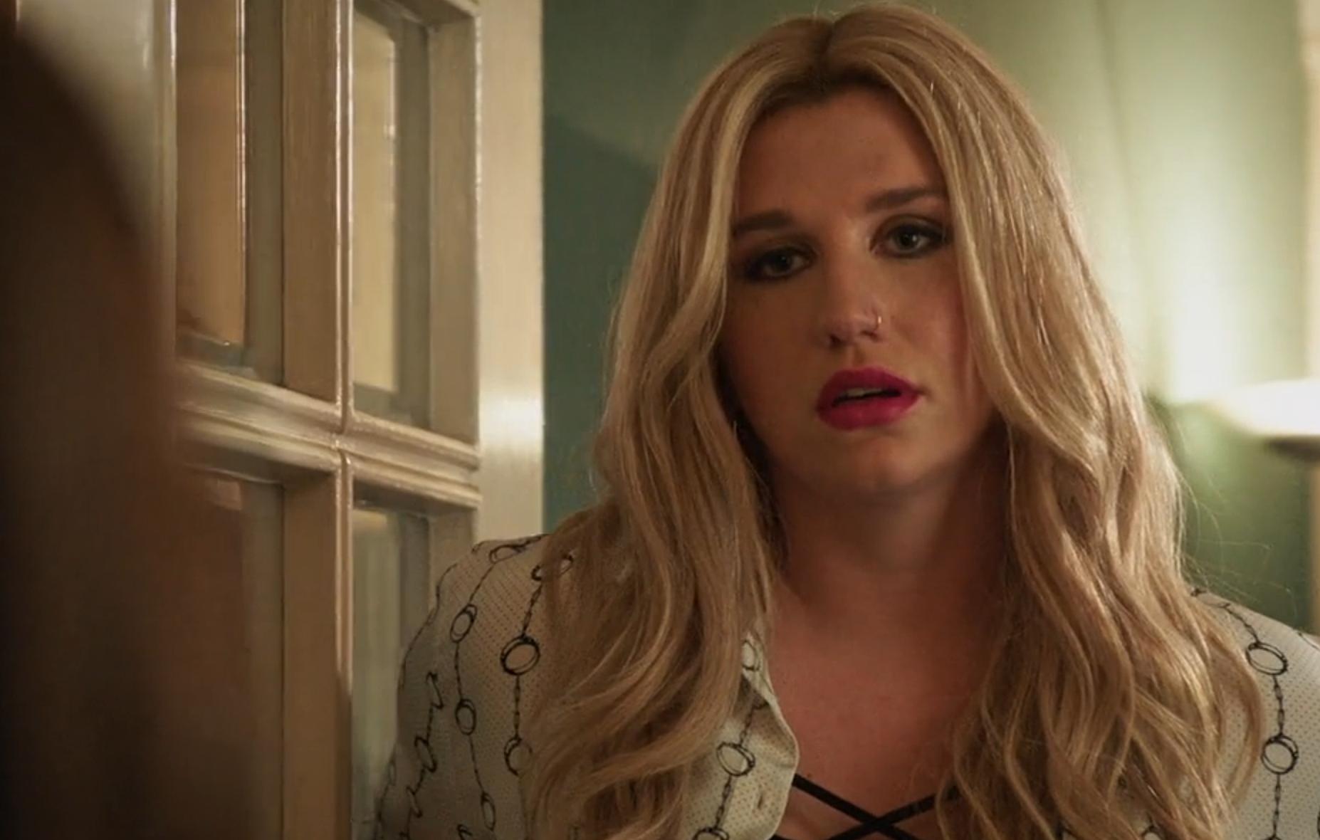 Kesha in 'Jane The Virgin'